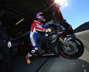 Casey Stoner to return to racing in 2015 Suzuka 8hr